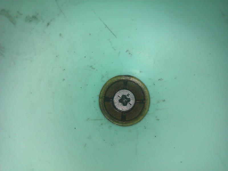 Сеточка фильтр в заливную воронку