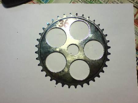 как звезду прикрепить к заднему колесу велосипеда (20дюйм)?